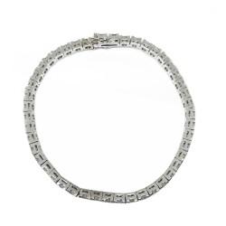צמיד זהב משובץ 46 יהלומים במשקל 6.2 קרט דגם : 1897