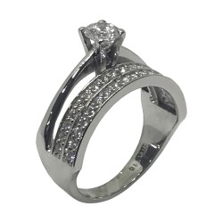 Gold Diamond Ring 0.86 CT. T.W. Model Number : 2491