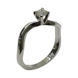 טבעת זהב משובצת 1 יהלומים במשקל 0.25 קרט דגם : 2795