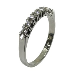Gold Diamond Ring 0.29 CT. T.W. Model Number : 2826