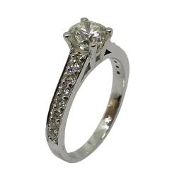 טבעת זהב משובצת 15 יהלומים במשקל 1.42 קרט דגם : 2952