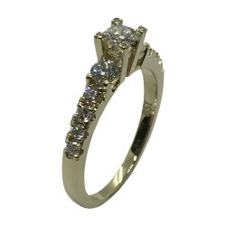 Gold Diamond Ring 0.82 CT. T.W. Model Number : 3535