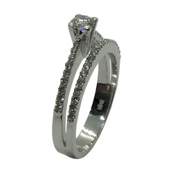Gold Diamond Ring 0.57 CT. T.W. Model Number : 3590