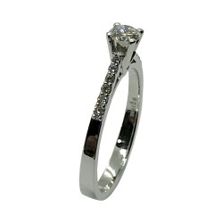 Gold Diamond Ring 0.44 CT. T.W. Model Number : 3854
