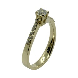 Gold Diamond Ring 0.37 CT. T.W. Model Number : 3993