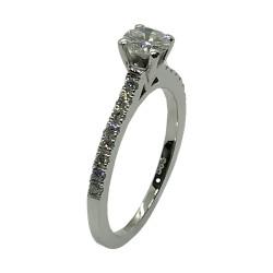 טבעת זהב משובצת 17 יהלומים במשקל 0.62 קרט דגם : 4046