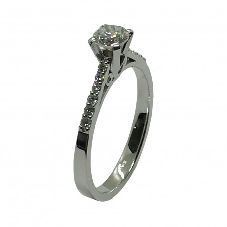 Gold Diamond Ring 0.59 CT. T.W. Model Number : 4052