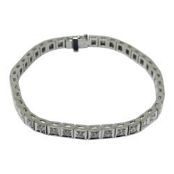 צמיד זהב משובץ 40 יהלומים במשקל 2.46 קרט דגם : 593